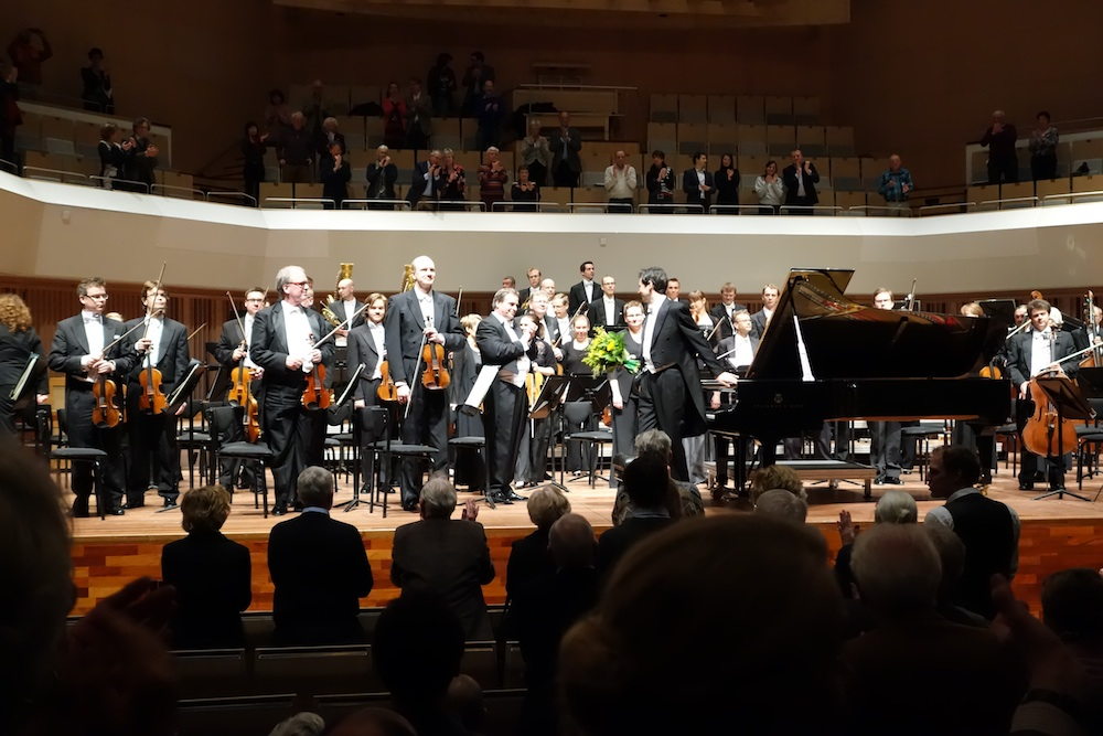Eindhoven - Standing ovation
